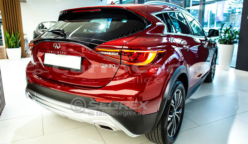 Big with watermark infiniti q30 5