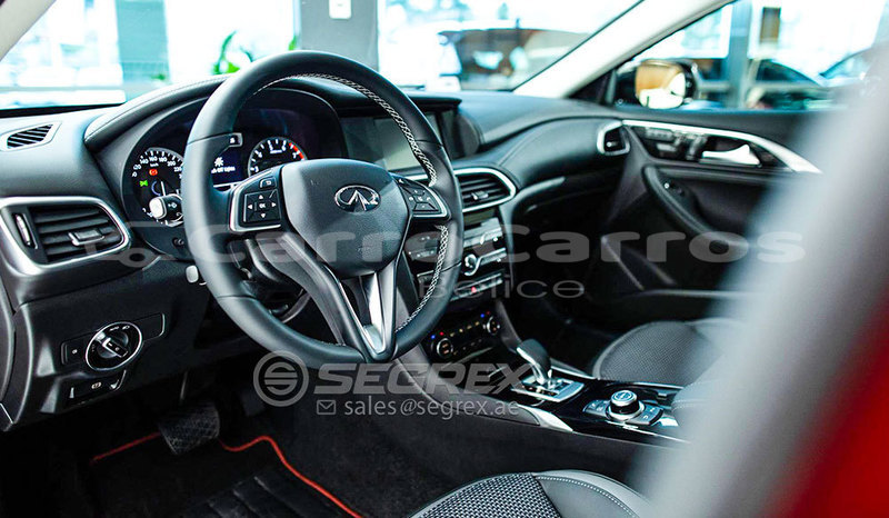 Big with watermark infiniti q30 11