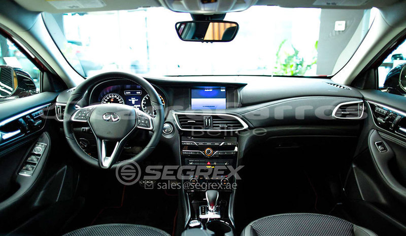 Big with watermark infiniti q30 13