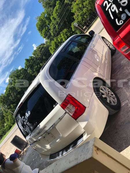 Big with watermark chrysler town country corozal corozal 4002