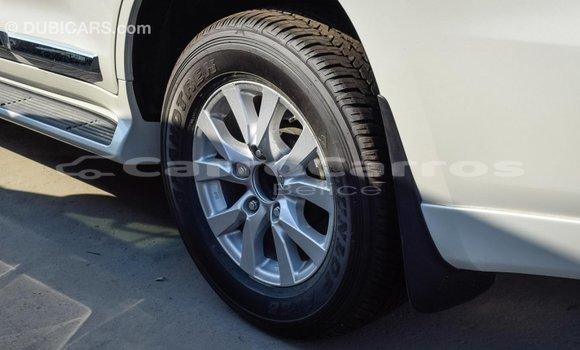 Buy Import Toyota Land Cruiser White Car in Import - Dubai in Belize