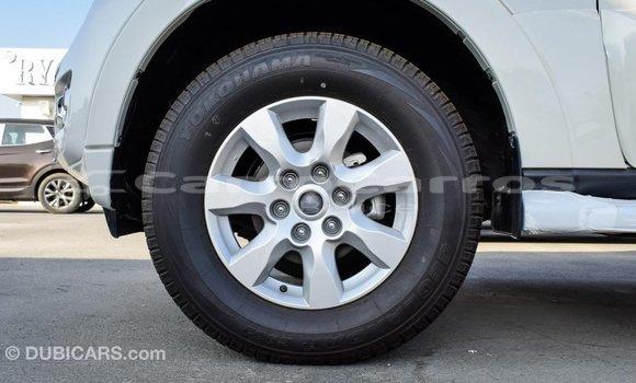 Buy Import Mitsubishi Pajero White Car in Import - Dubai in Belize