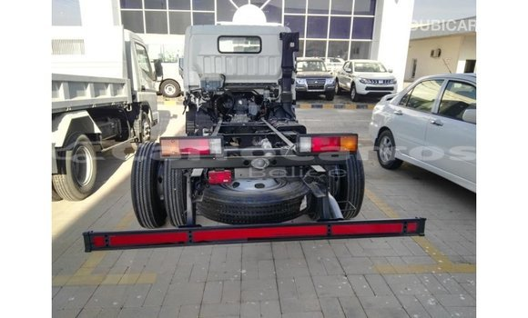 Buy Import Mitsubishi i White Car in Import - Dubai in Belize